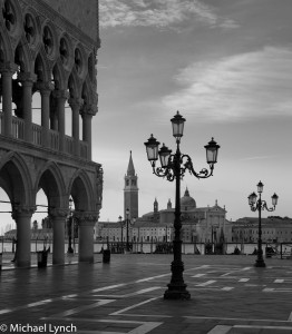 Streetlamps outsied the Doges Palace and the Grand Canal